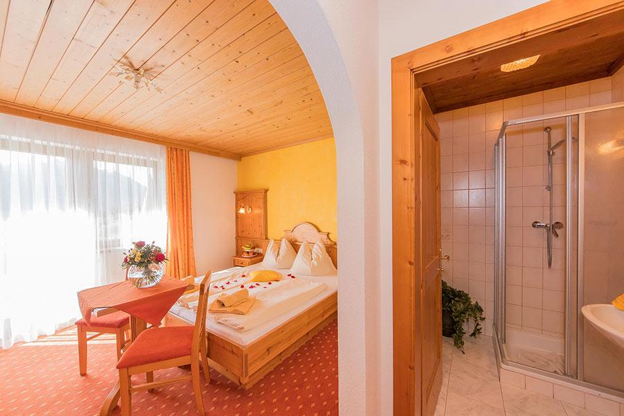 Doppelzimmer Mit Fruhstuck Am Bauernhof In Flachau